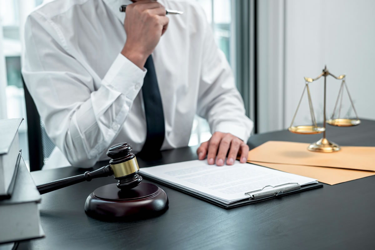 Four Advantages of Hiring a Workers Compensation Attorney